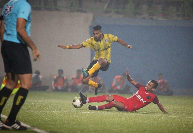 اولین باران لیگ برتر؛ داغ داغ در قائمشهر(عکس)