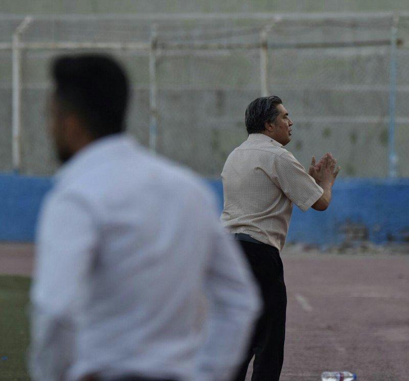 مربی سابق استقلال، دو بازی و 6 امتیاز (عکس)
