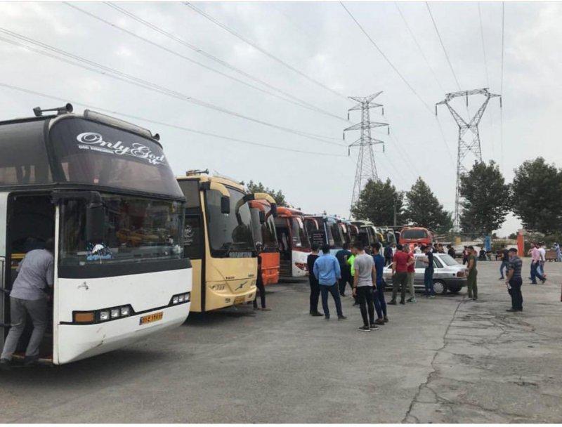 20 اتوبوس طرفداران نساجی در راه تهران(عکس)
