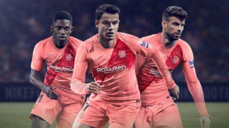 رونمایی رسمی از پیراهن سوم بارسلونا (عکس)