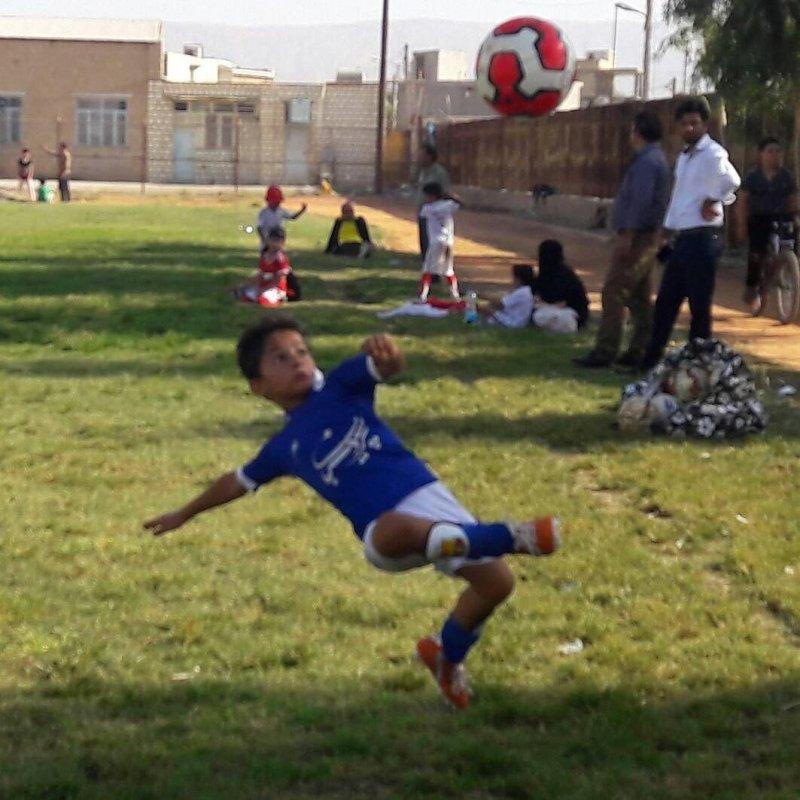 01350535 - من پائولو دیبالا هستم، 10 ساله از دهدشت - ستاره آرژانتینی در به در به دنبال امیرمحمد علامه