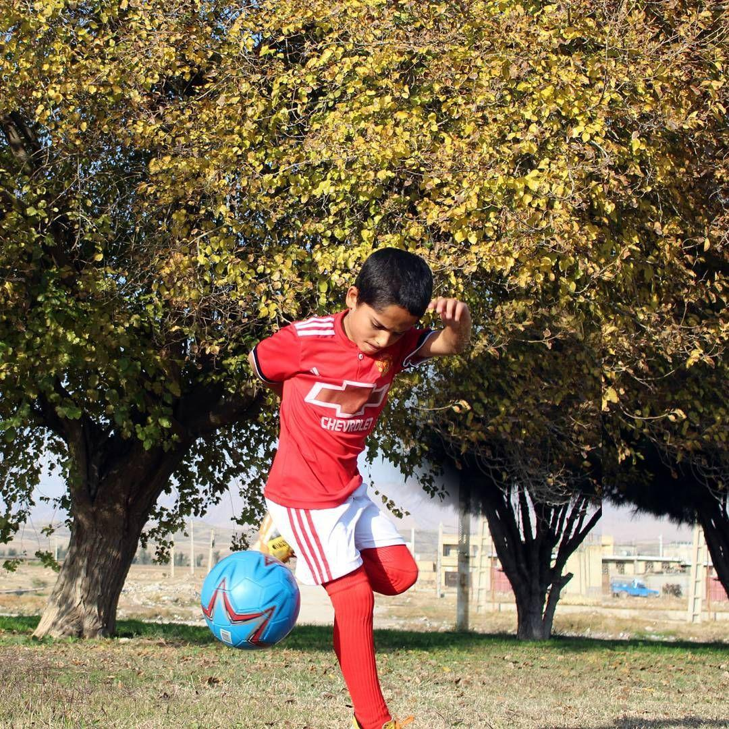 01350536 - من پائولو دیبالا هستم، 10 ساله از دهدشت - ستاره آرژانتینی در به در به دنبال امیرمحمد علامه
