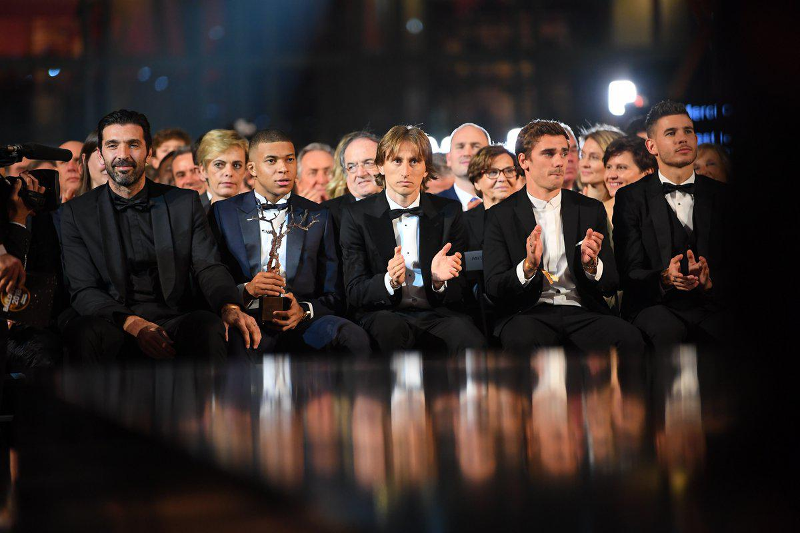 همسر لوکا مودریچ همسر فوتبالیستها بیوگرافی لوکا مودریچ بهترین بازیکن جهان برندگان جایزه مرد سال فوتبال اروپا برندگان توپ طلای اروپا برترین بازیکن اروپا اخبار فوتبال خارجی اخبار فوتبال اروپا Luka Modric