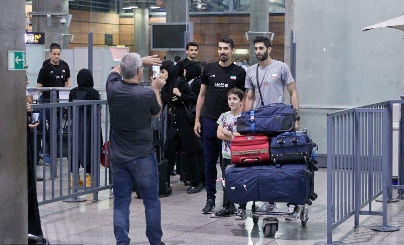 بازگشت تیم ملی والیبال به کشور