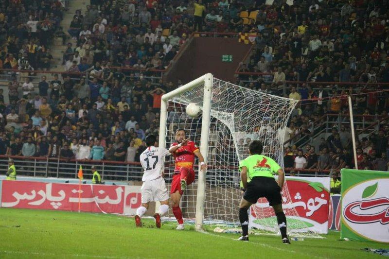 فوتبال - خلاصه بازی پرسپولیس 1 - فولاد 0