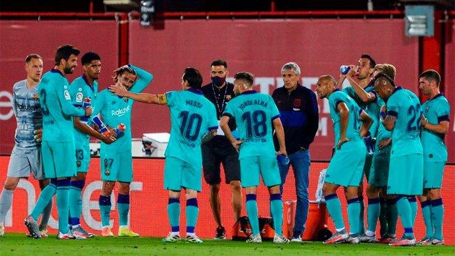 تصویر عجیب مسی؛ او سرمربی بارسلوناست!/عکس