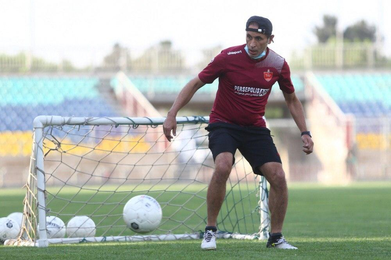 این جام تقدیم به مرحوم کاشانی، اولادی و نوروزی؛/ گلمحمدی:بدهی برانکو همه پول ما را میبلعد