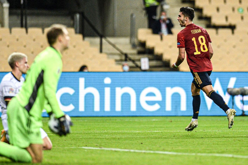 01544651 » مجله اینترنتی کوشا » اسپانیا 6-0 آلمان: شاید وقت رفتن رسیده آقای لوو 3