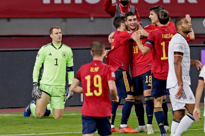 01544652 » مجله اینترنتی کوشا » اسپانیا 6-0 آلمان: شاید وقت رفتن رسیده آقای لوو 5