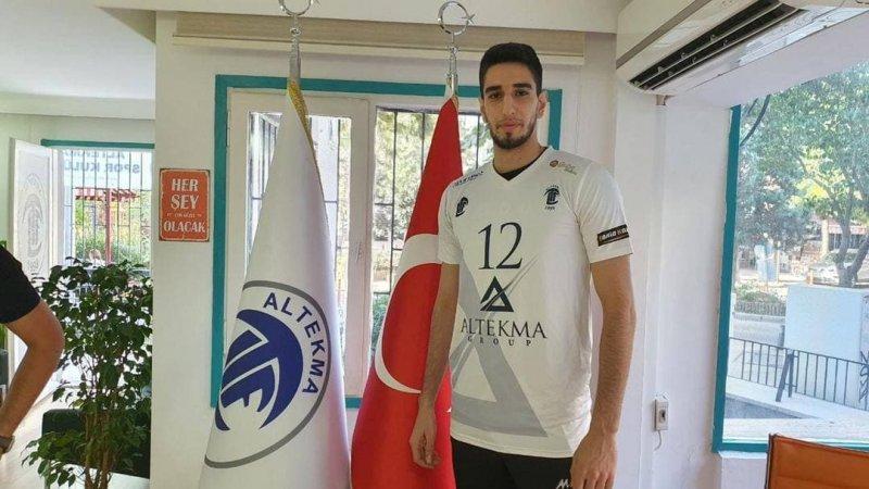 والیبالیست جوان ایران در سوپرلیگ ترکیه(عکس)