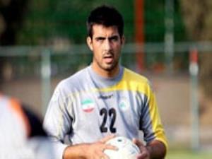باقر صادقی: از بیرون تیم استرس می دهند