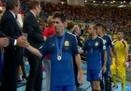 مراسم اهدا مدال نقره به تیم آرژانتین
