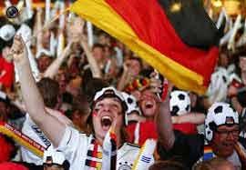 شادی مردم آلمان پس از قهرمانی در جام جهانی ۲۰۱۴ برزیل