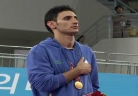 مراسم اهدا مدال طلا اسبقی