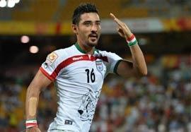 ایران ۱-۰ امارات (گزارشگر انگلیسی)