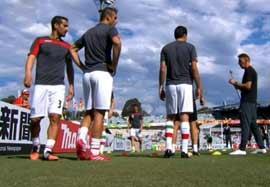 تمرین قبل بازی تیم ملی در استادیوم