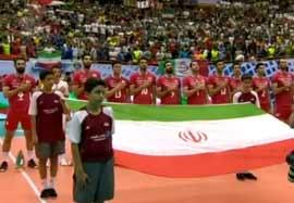 سرود ملی دو تیم ایران و لهستان
