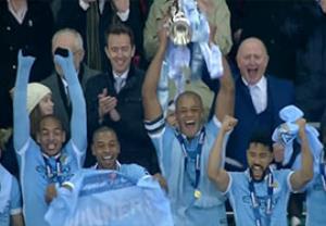 جشن قهرمانی منچسترسیتی در جام اتحادیه
