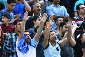 جلسه مدیرعامل جدید آبی ها با هواداران معترض