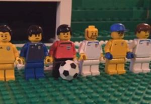 شبیه سازی بازی آرژانتین-امریکا با عروسکهای لگو