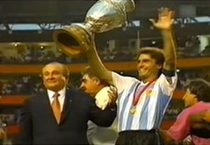 قهرمانیهای آرژانتین در کوپا آمریکا (1993 و 1991)