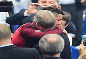 خوشوبش فرگوسن با نانی و رونالدو بعد از قهرمانی در یورو