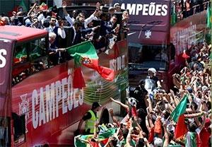 استقبال باشکوه از تیم پرتغال در لیسبون