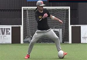 آموزش لایی زدن در فوتبال خیابانی