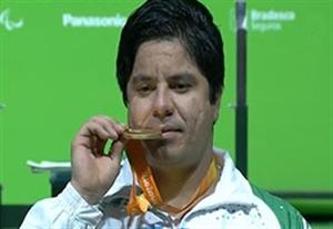 مراسم اهدای مدال طلای مجید فرزین