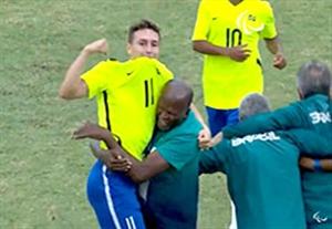 خلاصه بازی هلند 1-3 برزیل (فوتبال 7 نفره)