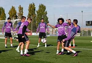 تمرین گلزنی بازیکنان رئال مادرید برای اولین بازی در جام حذفی