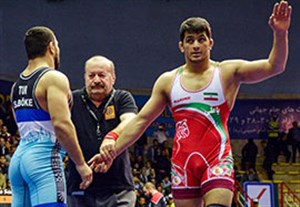 لحظات زیبا و دیدنی جام جهانی کشتی آزاد کرمانشاه