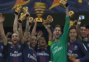 مراسم اهدای جام اتحادیه به تیم پاری سن ژرمن