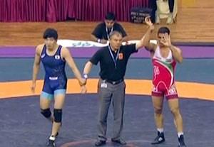 کسب مدال برنز بهمن تیموری در کشتی آزاد قهرمانی آسیا