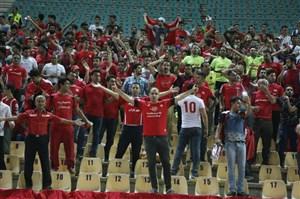 پاکسازی ورزشگاه تختی توسط طرفداران سپیدرود