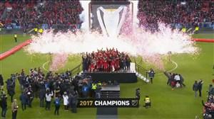 بالا بردن جام MLS توسط تورنتو برای اولین بار