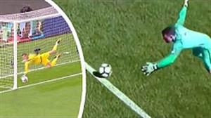20 سیو برتر دروازه بانان در جام جهانی دوره های مختلف
