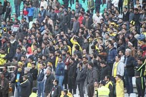 تابش: حضور هواداران به نفع سپاهان است