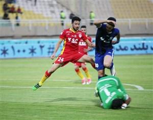 استقلال خوزستان 0- فولاد 0؛ هر 2 ناراضی