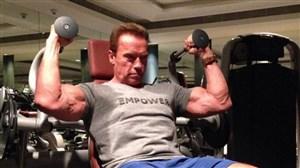 تمرینات بدنسازی آرنولد شوارتزنگر در سن 70 سالگی