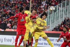 حسینی: زور هیچکس در فوتبال به نفتی ها نمی رسد