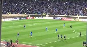 ورود بازیکنان استقلال و العین به زمین استادیوم آزادی