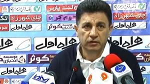 قلعهنویی: در ایران مردم را از استادیومها دور میکنند
