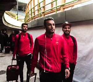 لحظه ورود بازیکنان پرسپولیس و السد به استادیوم آزادی
