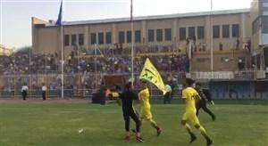 لحظه قطعی شدن صعود نفت مسجد سلیمان به لیگ برتر