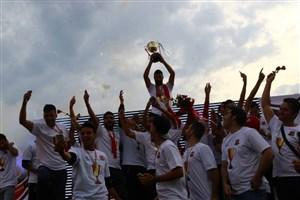 جشن صعود پرشور نساجی مازندران به لیگ برتر