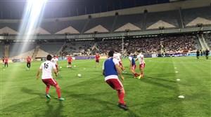 گرم کردن بازیکنان تیم ملی پیش از دیدار با ازبکستان