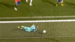 گل اول سوئیس به اسپانیا رو ی اشتباه عجیب دخیا(رودریگز)