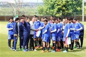 تمرینات تیم ملی در حضور تشویق هواداران ایرانی