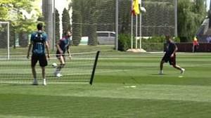 تنیس به سبک فوتبال در کمپ تمرینی تیمملی اسپانیا